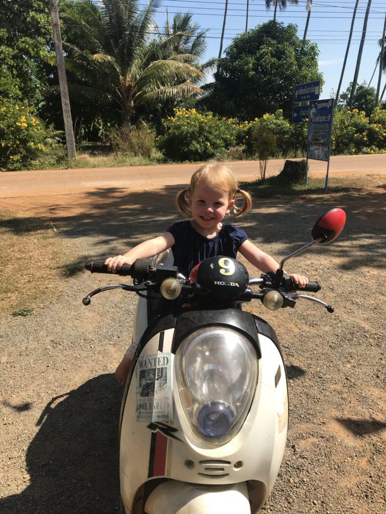 Erstes Mal Rollerfahren